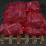 We offer surplus logs for sale in 5kg bags, bulk bags or by the truck load